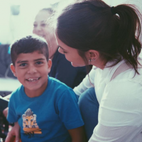 Bruna Marquezine mãe? Atriz revela desejo em adotar durante evento com crianças refugiadas