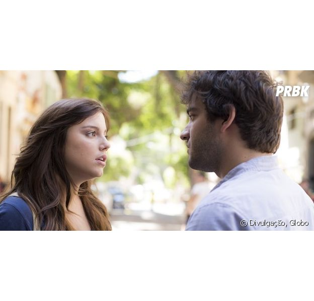 """Novela """"A Lei do Amor"""": Marina (Alice Wegmann) dá fora em Tiago (Humberto Carrão)!"""