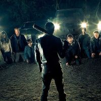 "De ""The Walking Dead"", Norman Reedus fala sobre final da 7ª temporada: ""Diferente de todos"""