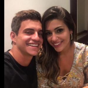 """Do """"BBB 17"""": veja 6 verdades da relação de Manoel e Vivian!"""