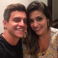 """Do """"BBB17"""", Vivian e Manoel se encontram pela 2ª vez: """"É muita correria"""""""
