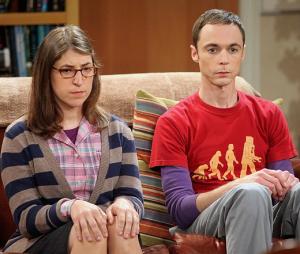 """Em """"The Big Bang Theory"""": Amy (Mayim Bialik) e Sheldon (Jim Parsons) passam por desafios nos próximos episódios!"""