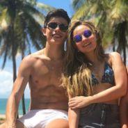 """Thomaz Costa se declara para Larissa Manoela após boatos de reconciliação: """"Amo a pessoa que ela é"""""""