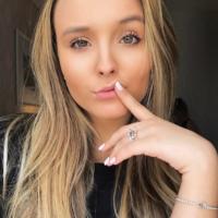 "Larissa Manoela fala sobre haters na internet: ""A gente deleta"""