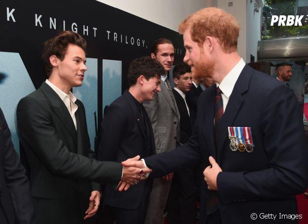 Harry Styles e Príncipe Harry: dois maravilhosos, não concordam?