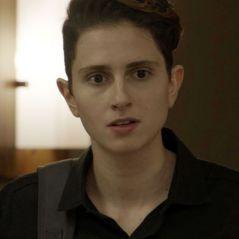 """Novela """"A Força do Querer"""": Ivan (Carol Duarte) interrompe mudança de sexo após descobrir gravidez"""