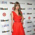 """Mais mulher, em 2011 Taylor Swift já estava bem distante da menina da época de """"You Belong With Me"""""""