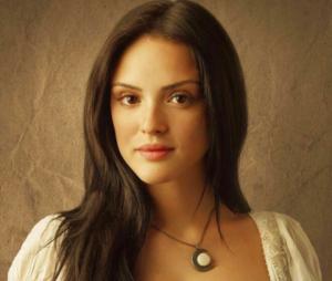 """Isabelle Drummond será protagonista em """"Verão 90 Graus"""""""
