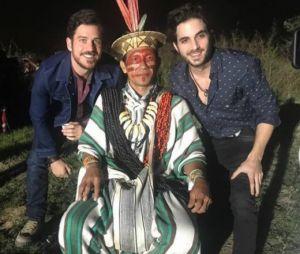 """Final """"A Força do Querer"""": Ruy e Zeca se encontram com índio e descobrem profecia"""