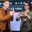 Nick Jonas comenta sobre música de Demi Lovato