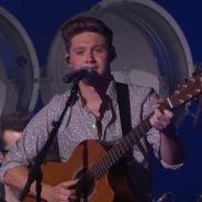 "Niall Horan faz medley do álbum ""Flicker"" no programa ""Jimmy Kimmel Live"""