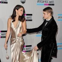 """Justin Bieber quer Selena Gomez de volta e torce para reconciliação, diz revista: """"Empolgado demais"""""""