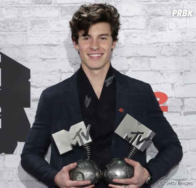 Shawn Mendes brilha no EMA 2017 ganhando três premios