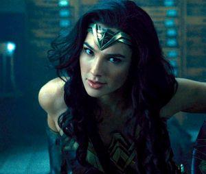 """Gal Gadot diz que pode não participar de sequencia de """"Mulher-Maravilha"""" por conta de diretor acusado de assédio!"""