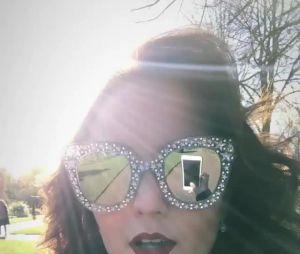 Larissa Manoela fala sobre novas fotos em Londres