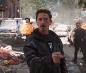 """Olha o Homem de Ferro (Robert Downey Jr.) no trailer de """"Os Vingadores: Guerra Infinita"""""""