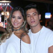 """Arthur Aguiar fala sobre casamento surpresa com Mayra Cardi e rebate críticas: """"Amei"""""""