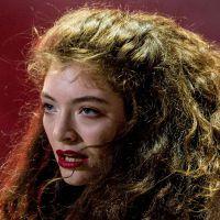 "Lorde canta ""Piece of Mind"", música inédita gravada em 2011"