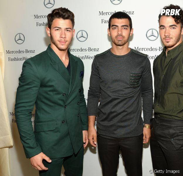 Conta dos Jonas Brothers é reativada no Instagram e fãs piram com a possibilidade da volta da banda