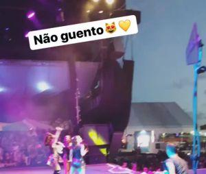 Leo Cidade prestigia Larissa Manoela durante show em festival de Sergipe!