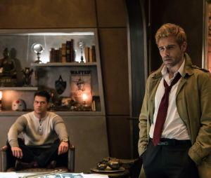 """Em """"Legends of Tomorrow"""", veja imagens de John Constantine (Matt Ryan) na 3ª temporada"""