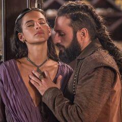 """Novela """"Deus Salve o Rei"""": Catarina (Bruna Marquezine) e Constantino marcam data do casamento"""