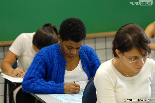 O Enem 2013 acontece no Brasil durante o fim de semana, nos dias 26 e 27 de outubro