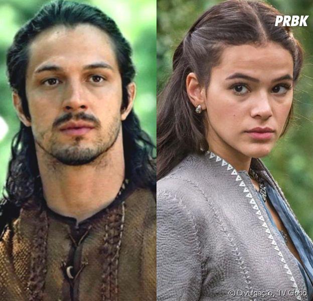 """Em """"Deus Salve o Rei"""", Afonso (Romulo Estrela) fica impactado ao verCatarina (Bruna Marquezine) vestida de noiva"""