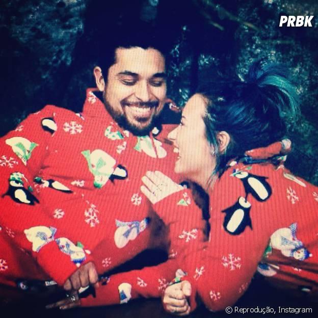 Demi Lovato e Wilmer Walderrama fotografam apaixonados