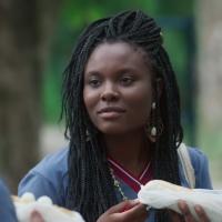 """Em """"Malhação"""", Talíssia explica sobre o candomblé para Flora, Úrsula e Gabriela"""