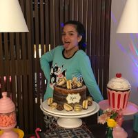 Mel Maia faz festa do pijama no seu aniversário de 14 anos. Veja como foi!