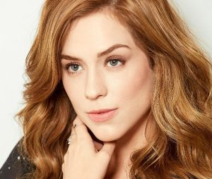 Sophia Abrahão escolheu um tom de loiro morango para ser a cor de seu cabelo