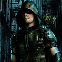 """Em """"Arrow"""": na 7ª temporada, Stephen Amell promete grande revelação sobre a série!"""