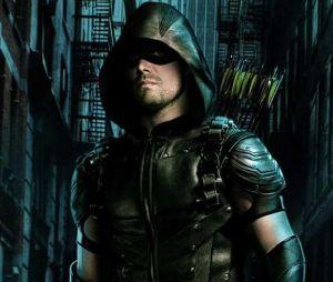 """De """"Arrow"""", Stephen Amell fará grande revelação sobre 7ª temporada"""