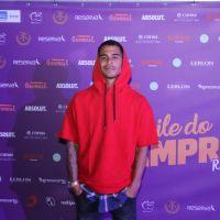 """Novela """"O Tempo Não Para"""": Micael Borges comemora retorno à TV"""