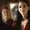"""Em """"Deus Salve o Rei"""", Catarina (Bruna Marquezine) contrata Brice (Bia Arantes) para fazer feitiço e enganar Afonso (Romulo Estrela)"""