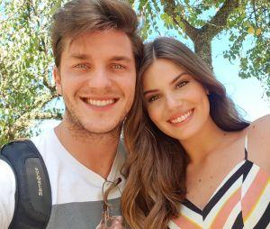 Camila Queiroz e Klebber Toledo casaram no civil no último sábado (16)