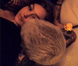 Zayn Malik e Gigi Hadid mostram momento de romance