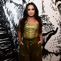 Um mês após overdose, Demi Lovato faz aniversário de 26 anos e fãs desejam melhoras