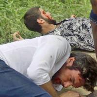 """Novela """"Segundo Sol"""": Ícaro (Chay Suede) e Beto são espancados e ficam em situação crítica!"""