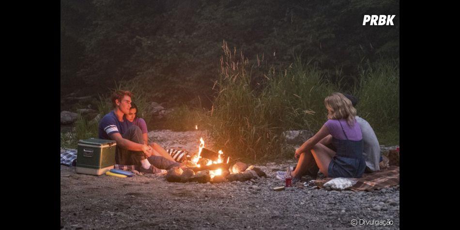 """Em """"Riverdale"""", protagonistas curtem verão na 3ª temporada"""