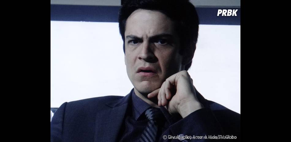 """Félix (Mateus Solano) será desmascarado na frente de toda a sua família em """"Amor à Vida""""!"""