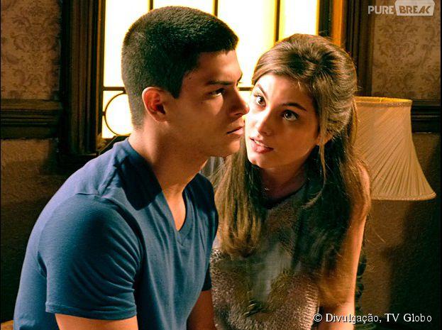 """Em """"Malhação"""", Duca (Arthur Aguiar) pede um tempo para Bianca (Bruna Hamú)"""