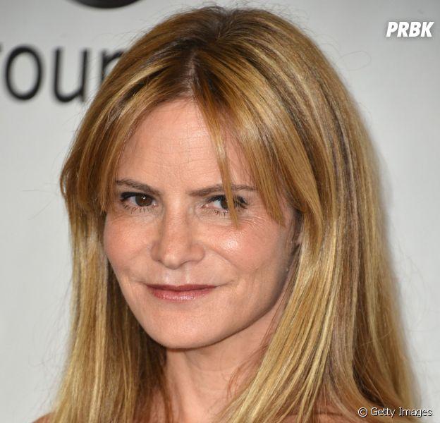 "Jennifer Jason Leigh será a principal personagem feminina de ""The Hateful Eight"""