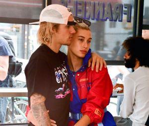 Justin Bieber e Hailey Baldwin adiam o casamento mais uma vez