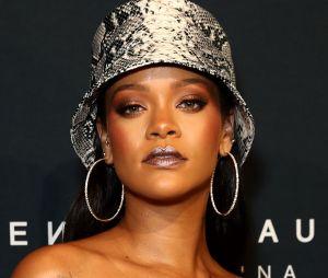 Quem já quer ouvir o novo hit da Rihanna?