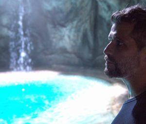 """Em """"O Sétimo Guardião"""", Gabriel (Bruno Galiasso) faz proposta irrecusável para Ramiro (Ailton Graça)"""