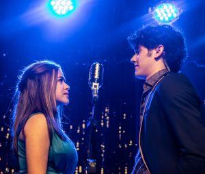 """Filme """"Cinderela Pop"""": Cintia Dorella (Maisa Silva) e Fredy Prince (Felipe Bragança) frente a frente"""