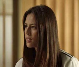 """Em """"O Sétimo Guardião"""", Laura (Yanna Lavigne) descobre segredo de Valentina (Lília Cabral) e Olavo (Tony Ramos) sobre a fonte"""