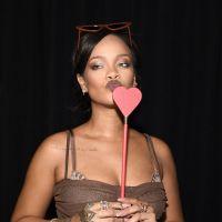 Responda estas perguntas aleatórias e diremos qual hit da Rihanna você é!